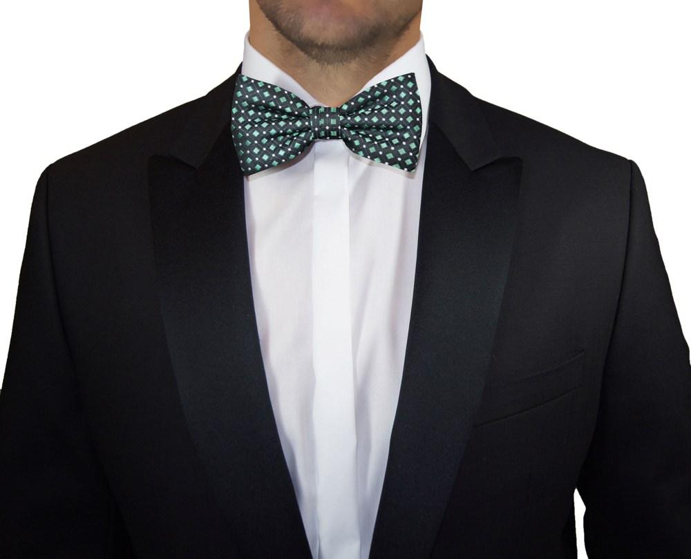 Schwarzer Anzug Grüne Fliege